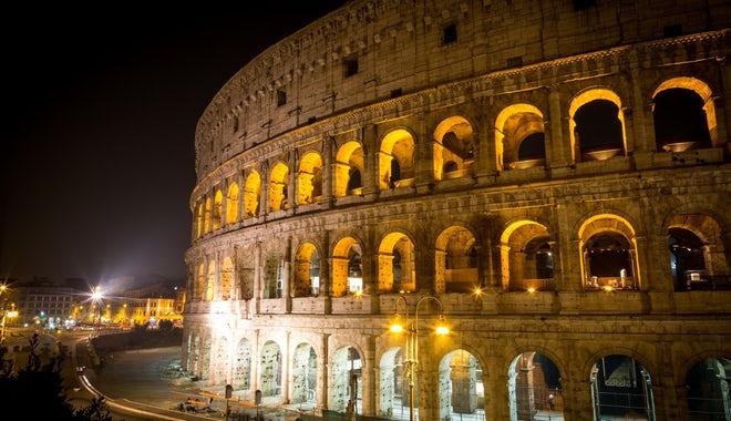 罗马斗兽场和古罗马广场免排队门票+地下层夜游